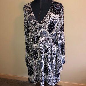 NWT Astars Boho paisley print flare sleeve dress